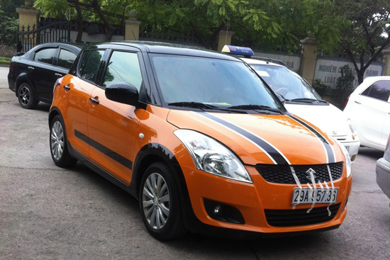 suzuki swift son doi mau cam