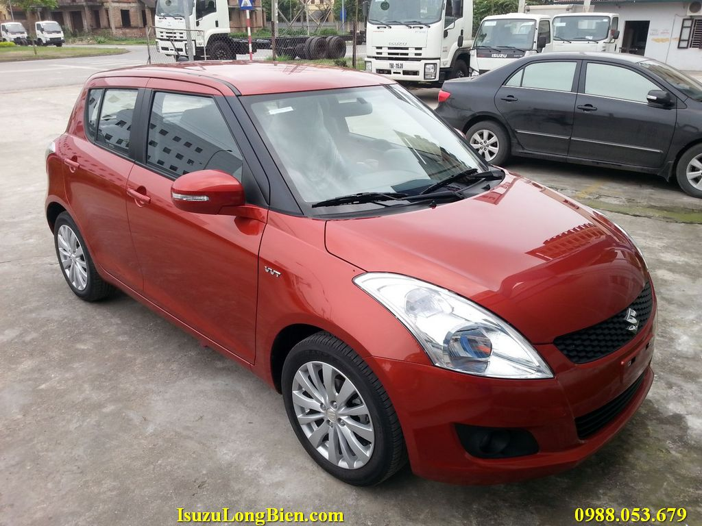 Swift màu cam của Suzuki