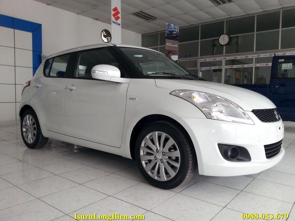 Suzuki Swift mau Trang
