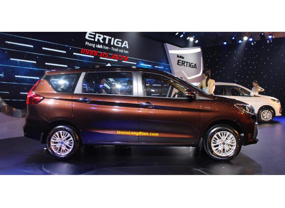 Xe Suzuki 7 cho Ertiga 2020 mau nau cafe