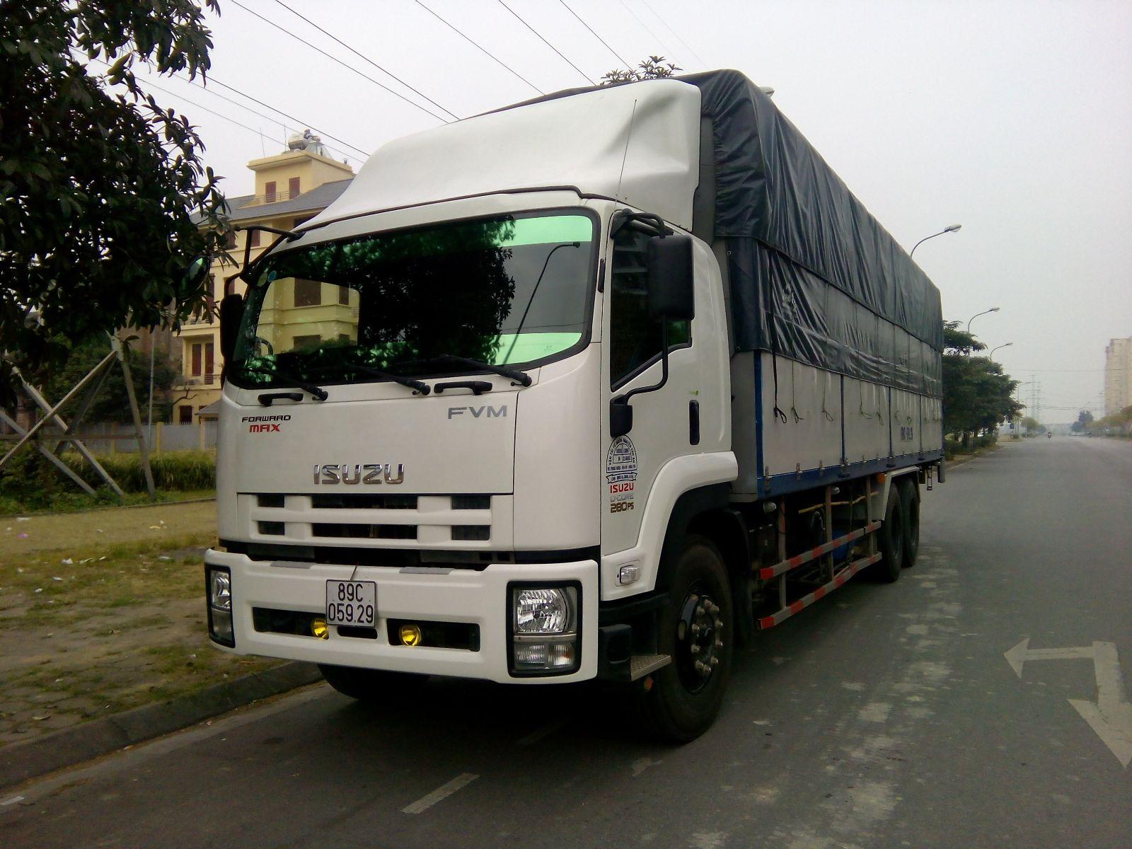 Isuzu 15 tan ngan FVM34T