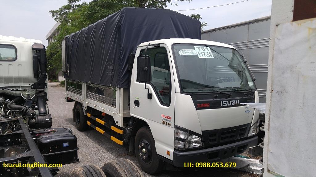 Xe tai Isuzu 2T2 QKR55H thung mui bat 2,2 tan