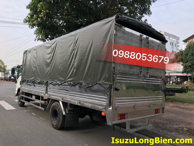 xe tai isuzu 5 tan thung mui bat 6m2 euro 4 nqr75me4