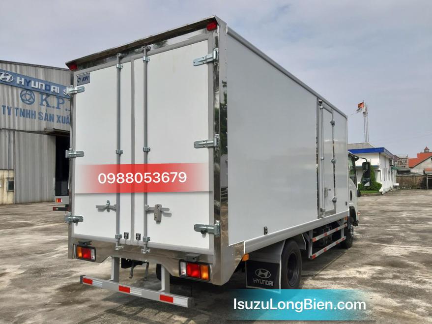xe tai isuzu npr 400 3,5 tan npr85ke4 thung dong lanh cao cap 5m2